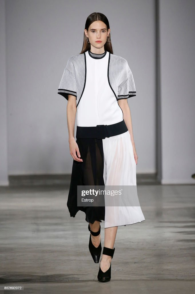 model-walks-the-runway-at-the-aquilanorimondi-show-during-milan-week-picture-id852692072