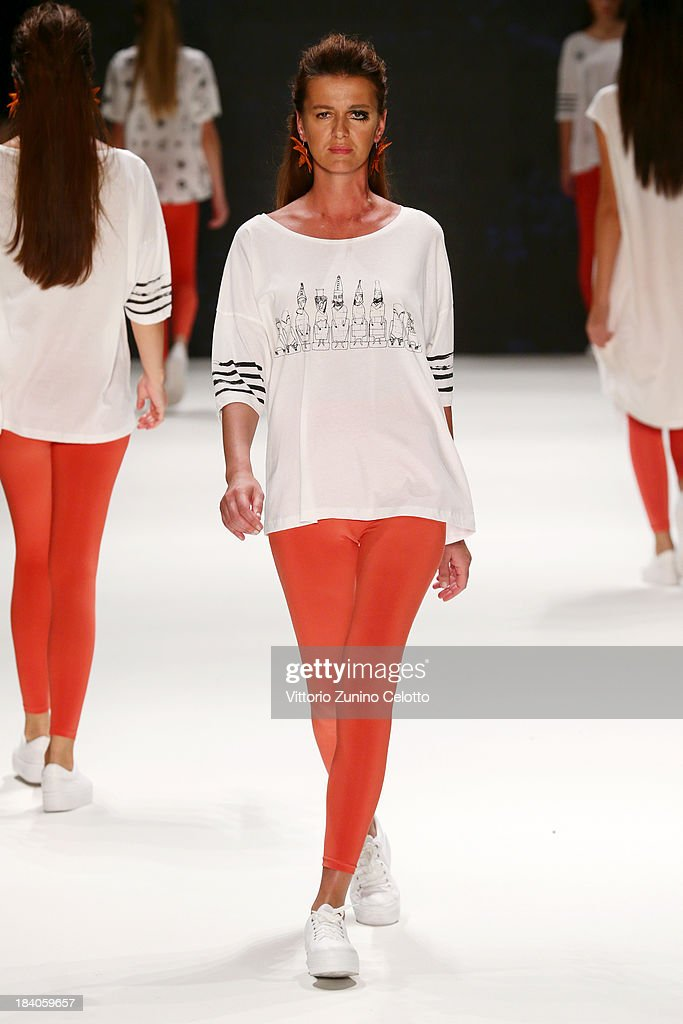A model walks the runway at the Argande show during Mercedes-Benz Fashion Week Istanbul s/s 2014 Presented By American Express on October 11, 2013 in Istanbul, Turkey.