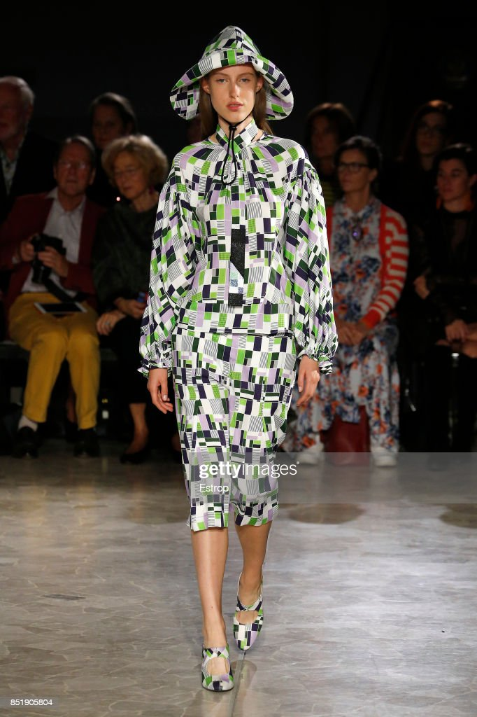model-walks-the-runway-at-the-arthur-arbesser-show-during-milan-week-picture-id851905804