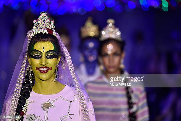 A model walks the runway at the Ashish show during London Fashion Week Spring/Summer collections 2016/2017 on September 19 2016 in London United...
