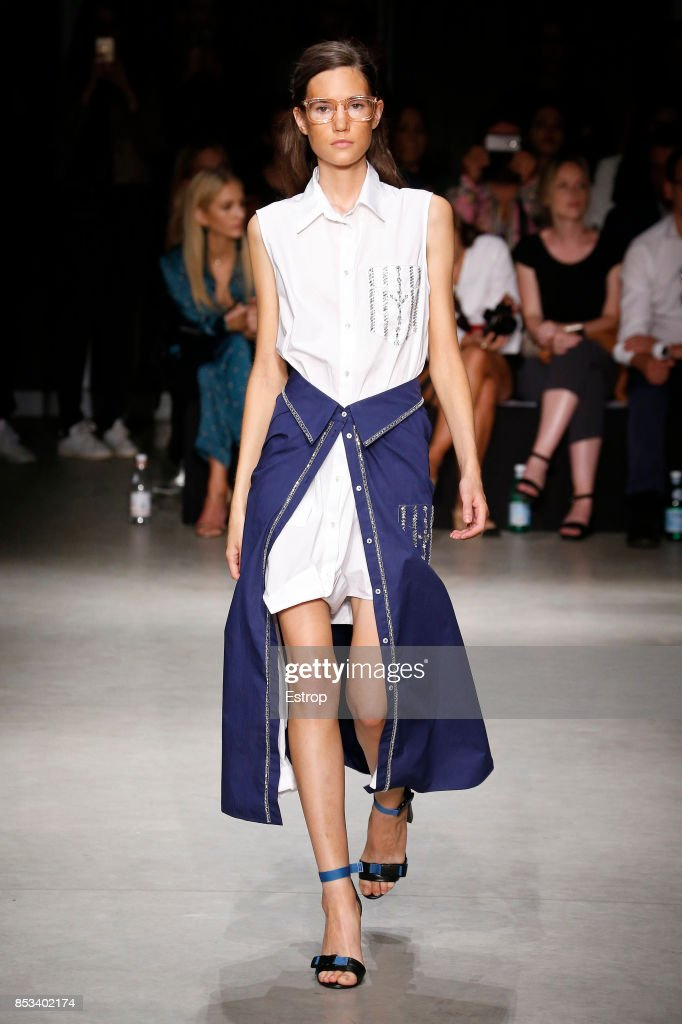 model-walks-the-runway-at-the-au-jour-le-jour-show-during-milan-week-picture-id853402174