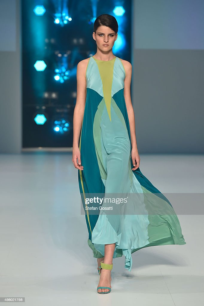 A model walks the runway at the Aurelio Costarella show during MB Presents Australian Style show during MercedesBenz Fashion Festival Sydney at...