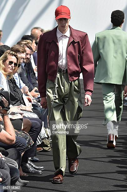 A model walks the runway at the Balenciaga Spring Summer 2017 fashion show during Paris Menswear Fashion Week on June 22 2016 in Paris France