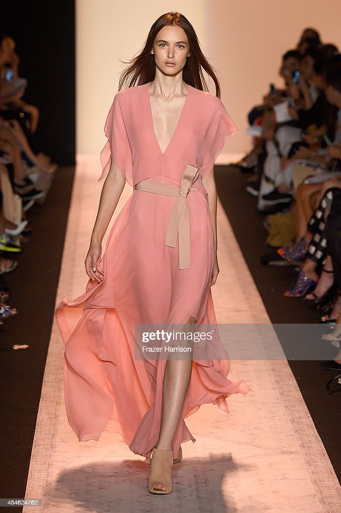 A model walks the runway at the BCBGMAXAZRIA fashion show during MercedesBenz Fashion Week Spring 2015 at Lincoln Center on September 4 2014 in New...