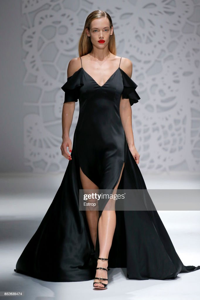 model-walks-the-runway-at-the-blumarine-show-during-milan-fashion-picture-id852635474