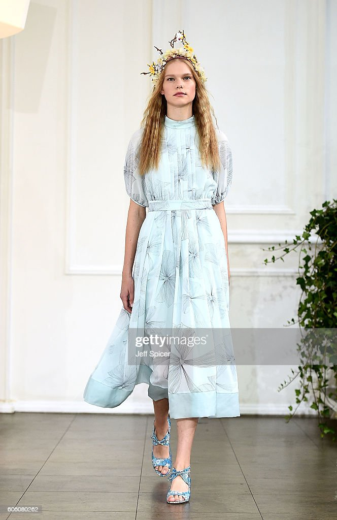 model-walks-the-runway-at-the-bora-aksu-show-during-london-fashion-picture-id606080262