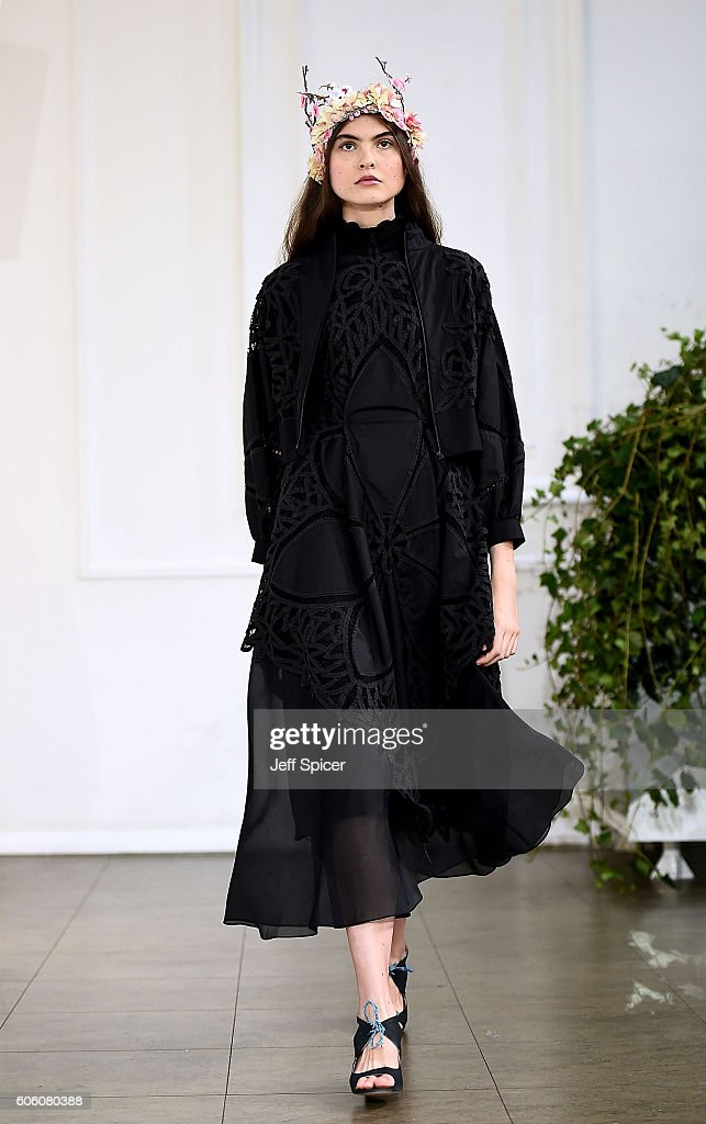 model-walks-the-runway-at-the-bora-aksu-show-during-london-fashion-picture-id606080388