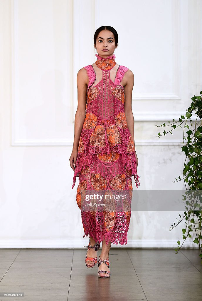 model-walks-the-runway-at-the-bora-aksu-show-during-london-fashion-picture-id606080474