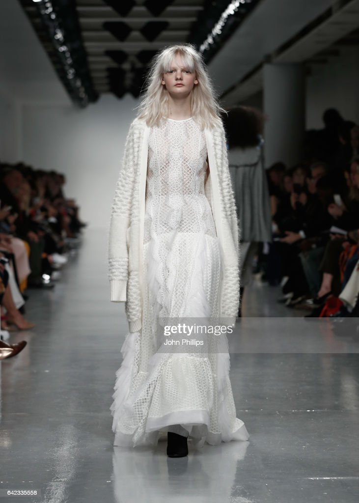 model-walks-the-runway-at-the-bora-aksu-show-during-the-london-week-picture-id642335558