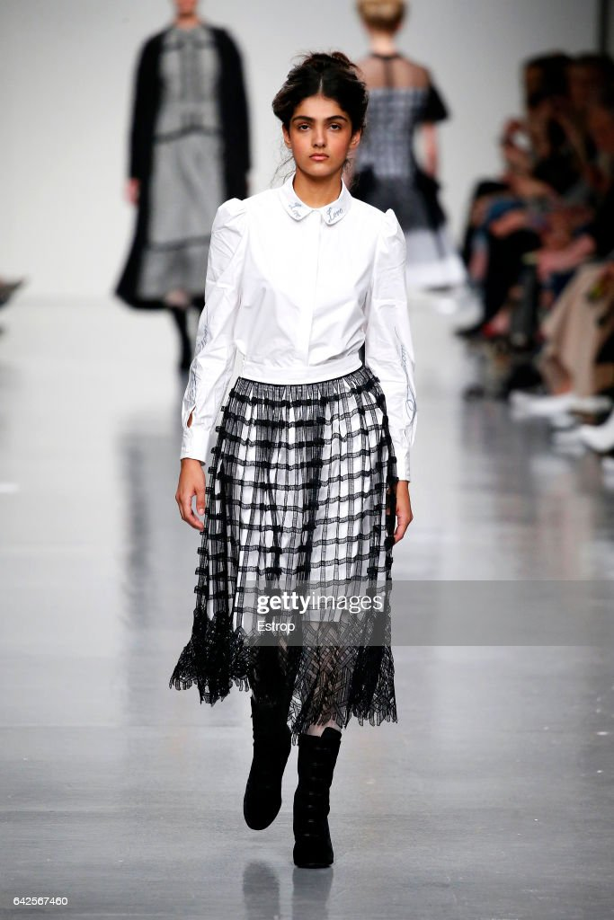 model-walks-the-runway-at-the-bora-aksu-show-during-the-london-week-picture-id642567460