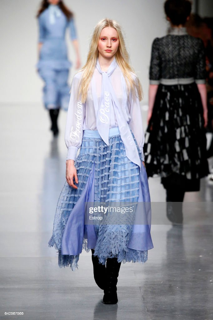 model-walks-the-runway-at-the-bora-aksu-show-during-the-london-week-picture-id642567566