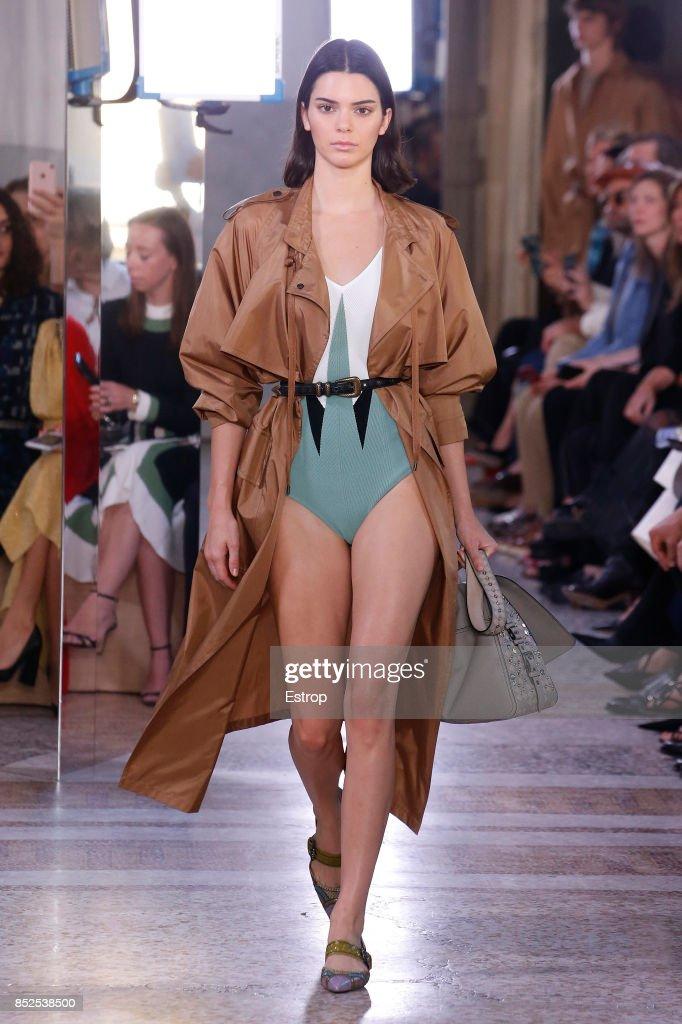 model-walks-the-runway-at-the-bottega-veneta-show-during-milan-week-picture-id852538500