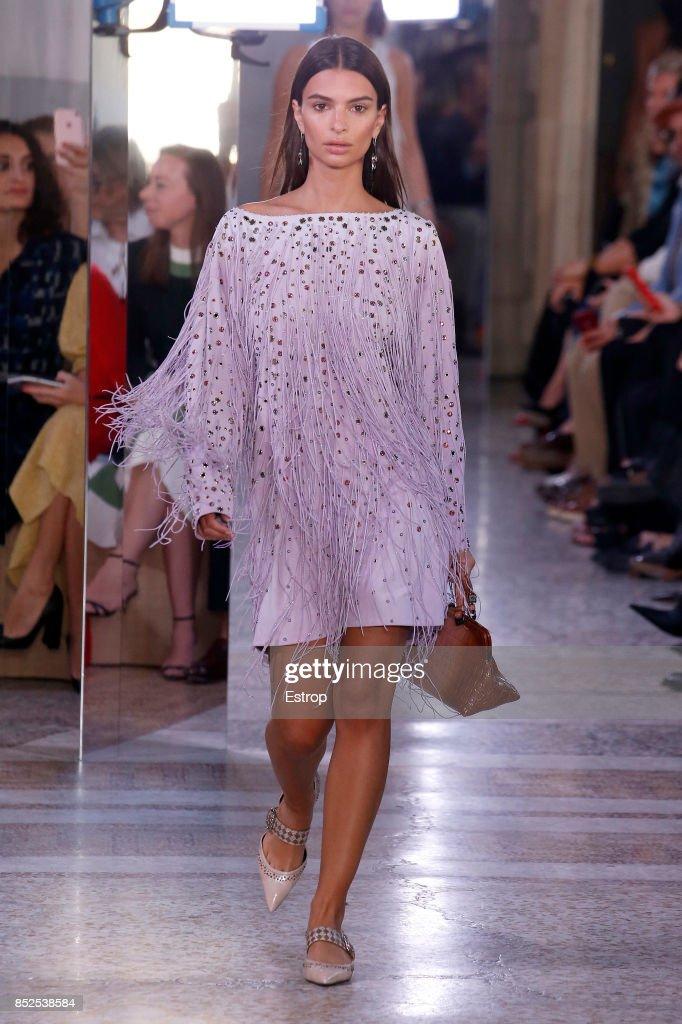 model-walks-the-runway-at-the-bottega-veneta-show-during-milan-week-picture-id852538584