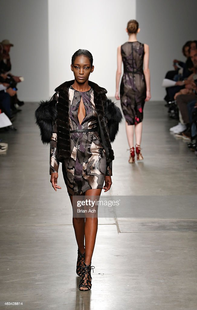 Brandon sun runway mercedes benz fashion week fall for Mercedes benz fashion show