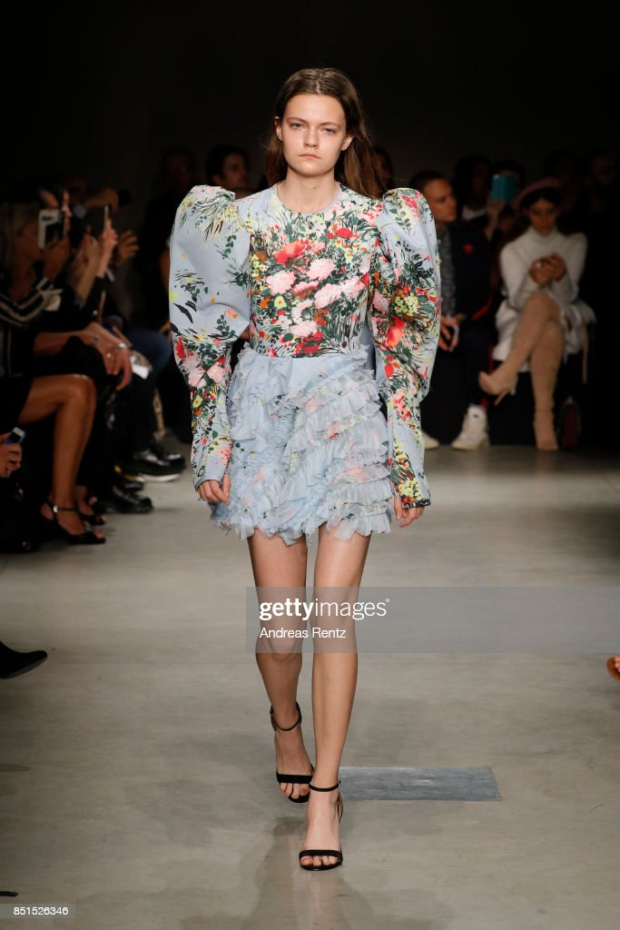 model-walks-the-runway-at-the-brognano-show-during-milan-fashion-week-picture-id851526346