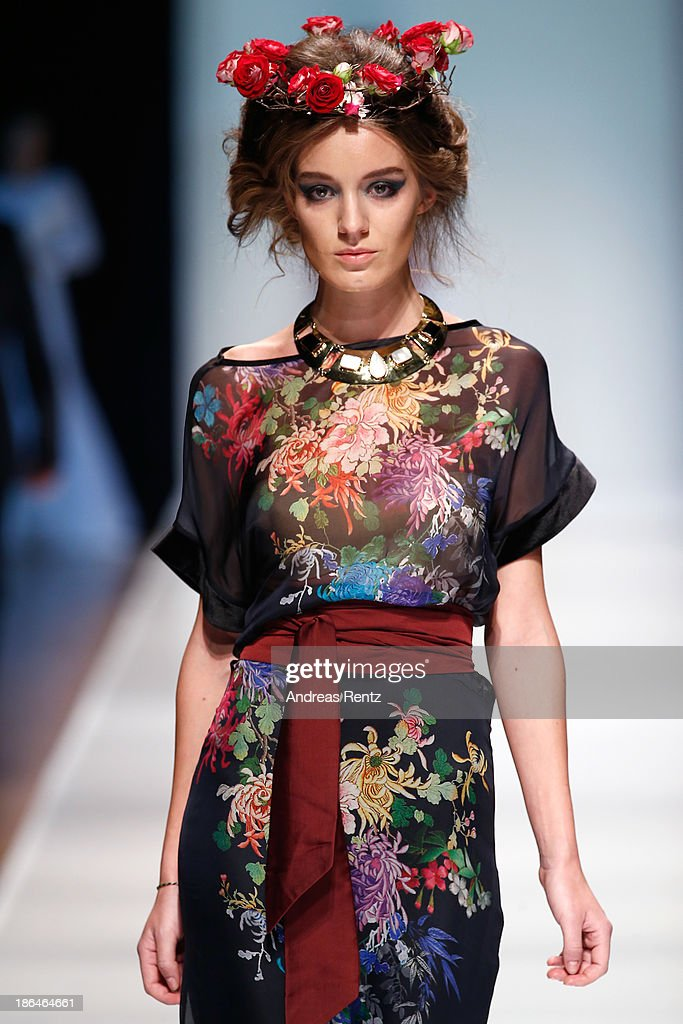 A model (detail) walks the runway at the Bunker Z show during Mercedes-Benz Fashion Week Russia S/S 2014 on October 31, 2013 in Moscow, Russia.