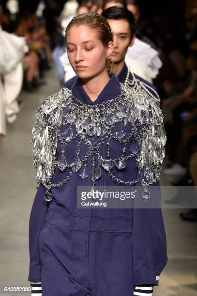 A model walks the runway at the Burberry Prorsum Autumn Winter 2017 fashion show during London Fashion Week on February 20 2017 in London United...