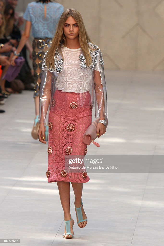 A model walks the runway at the Burberry Prorsum show during London Fashion Week SS14 at on September 16, 2013 in London, England.