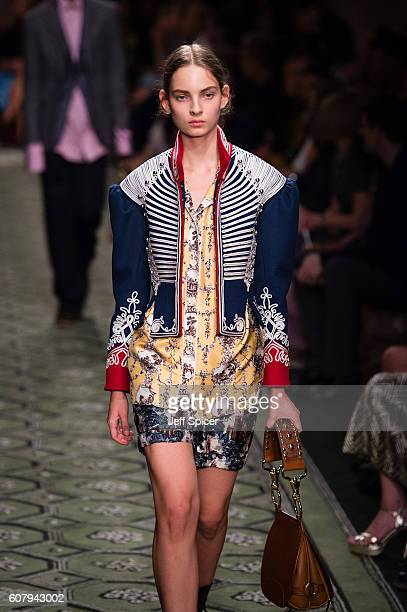 A model walks the runway at the Burberry runway show during London Fashion Week Spring/Summer collections 2017 on September 19 2016 in London United...