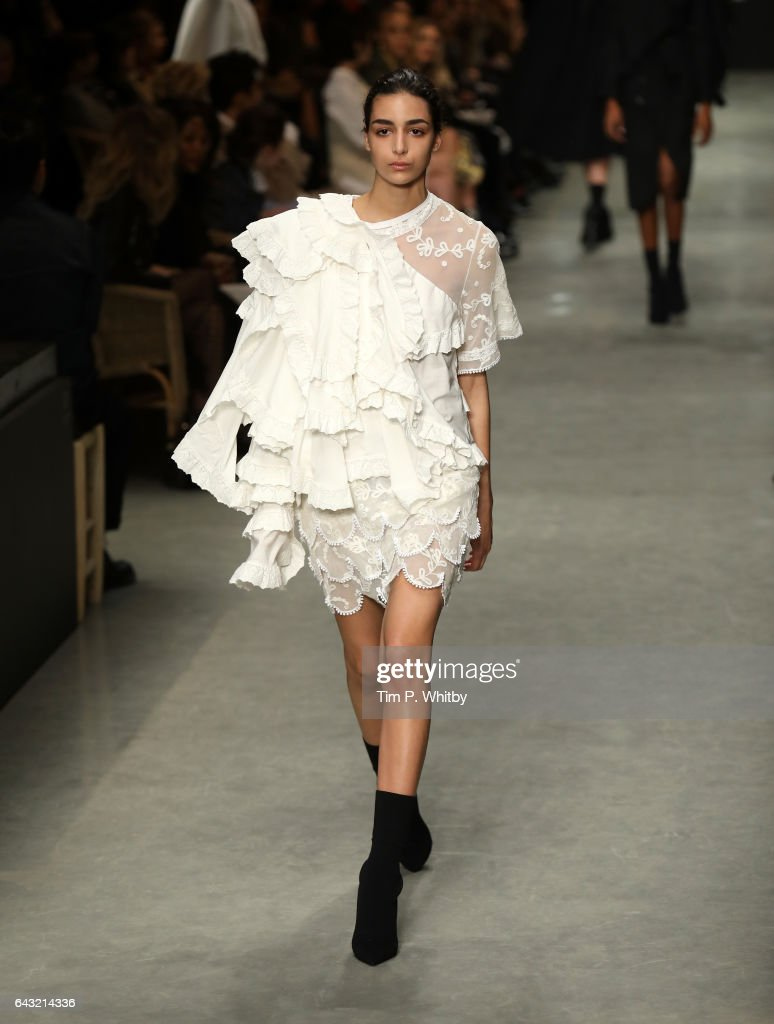 model-walks-the-runway-at-the-burberry-show-during-the-london-fashion-picture-id643214336