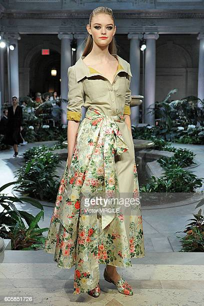 A model walks the runway at the Carolina Herrera Ready to Wear Spring Summer 2017 fashion show during New York Fashion Week on September 12 2016 in...