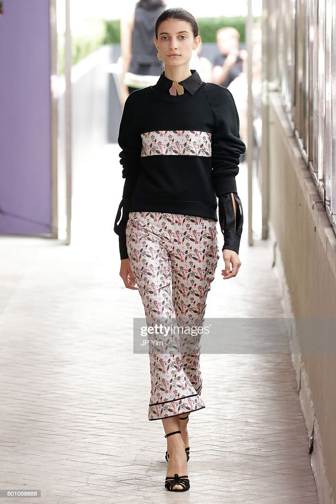 model-walks-the-runway-at-the-cg-fashion-show-during-new-york-fashion-picture-id601059888