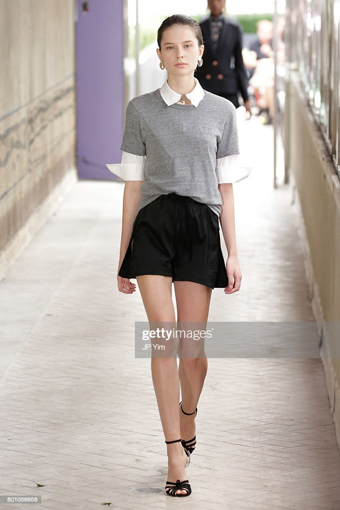 model-walks-the-runway-at-the-cg-fashion-show-during-new-york-fashion-picture-id601059958