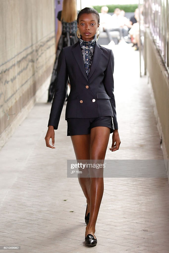 model-walks-the-runway-at-the-cg-fashion-show-during-new-york-fashion-picture-id601059982