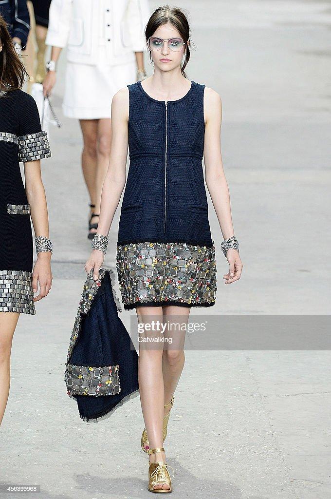 Chanel Runway Rtw Spring 2015 Paris Fashion Week