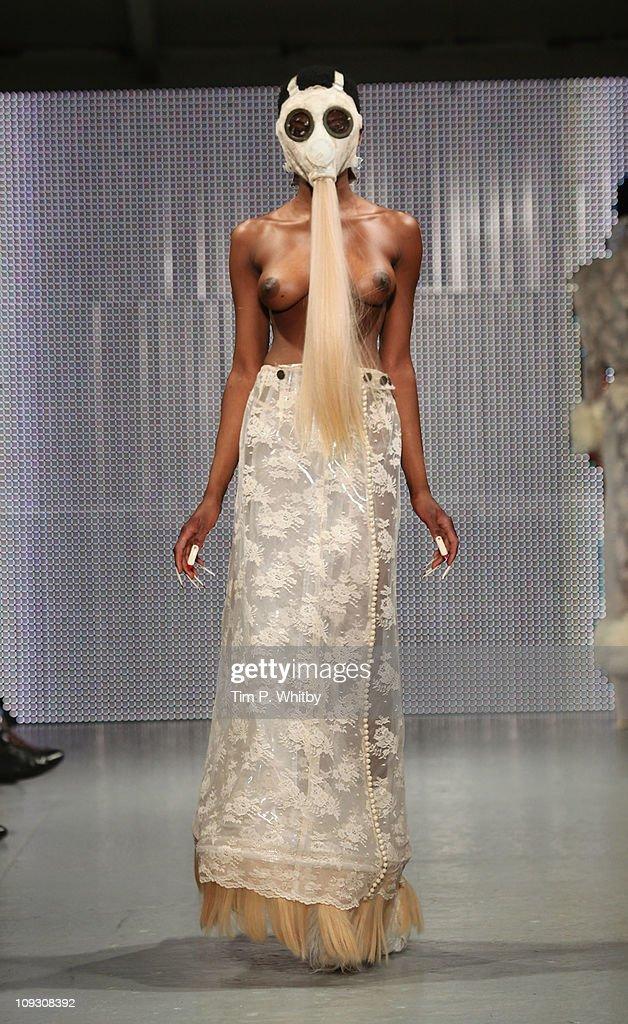 Backstage at Charlie May AW14 | Girl a la Mode | Modestil
