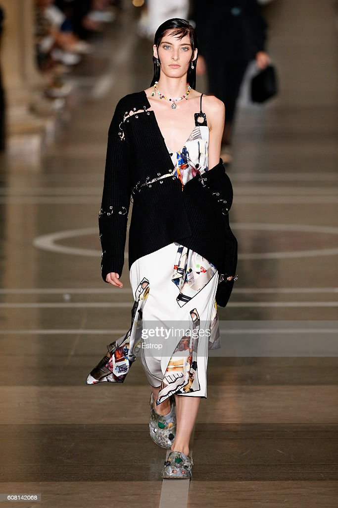 A model walks the runway at the Christopher Kane show during London Fashion Week Spring/Summer collections 2017 on September 19, 2016 in London, United Kingdom.