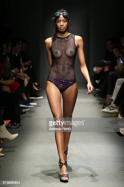 A model walks the runway at the Cihan Nacar show during the MercedesBenz Fashion Week Istanbul Autumn/Winter 2016 at Zorlu Center on March 15 2016 in...