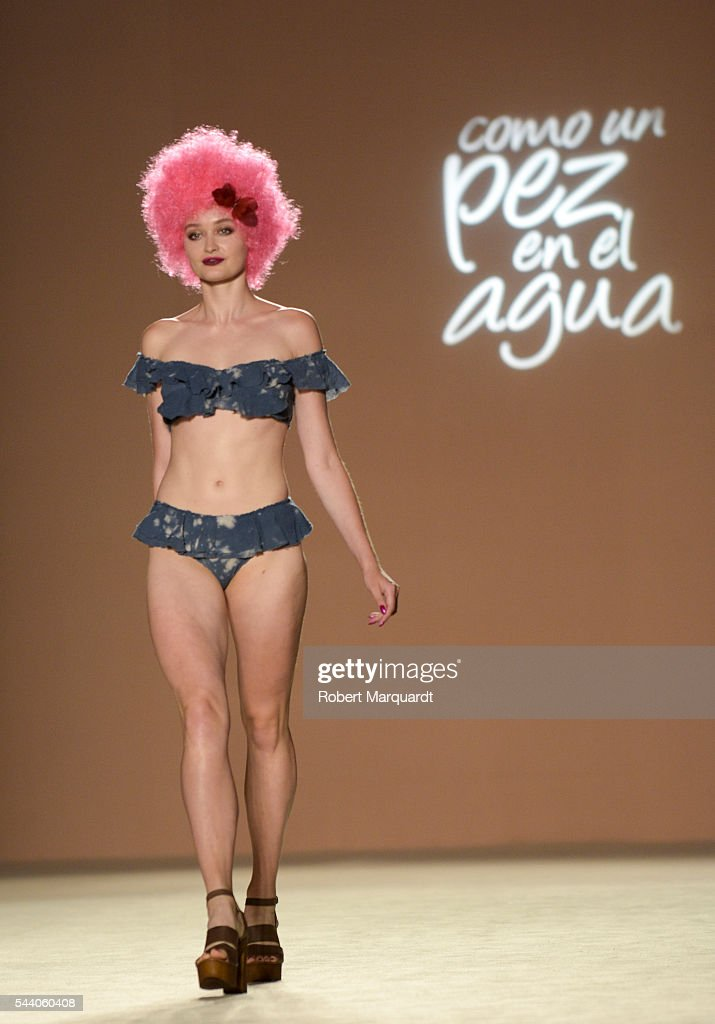 A model walks the runway at the Como Pez En El Agua show during the Barcelona 080 Fashion Week Spring/SUmmer 2017 at the INFEC on July 1, 2016 in Barcelona, Spain.