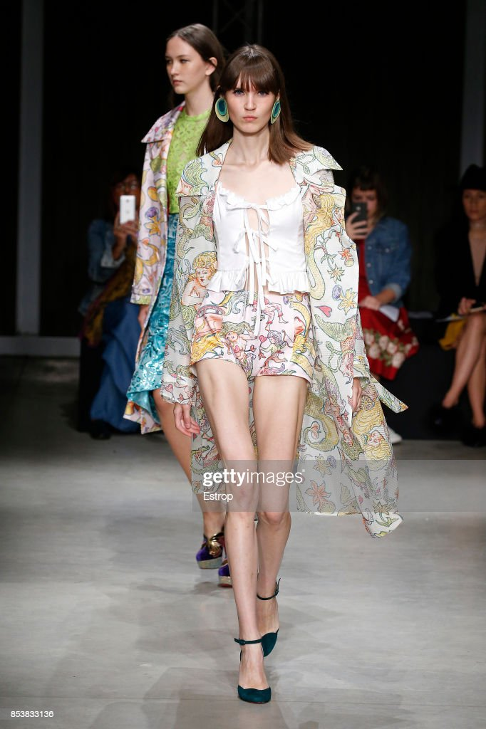 model-walks-the-runway-at-the-daizy-shely-show-during-milan-fashion-picture-id853833136