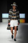 Daks - Runway - Milan Men's Fashion Week Spring/Summer...