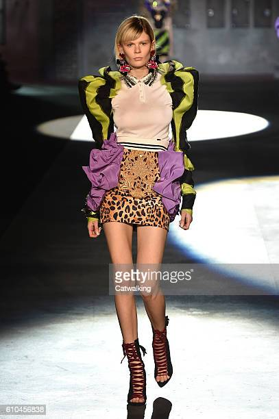A model walks the runway at the DSquared2 Spring Summer 2017 fashion show during Milan Fashion Week on September 25 2016 in Milan Italy
