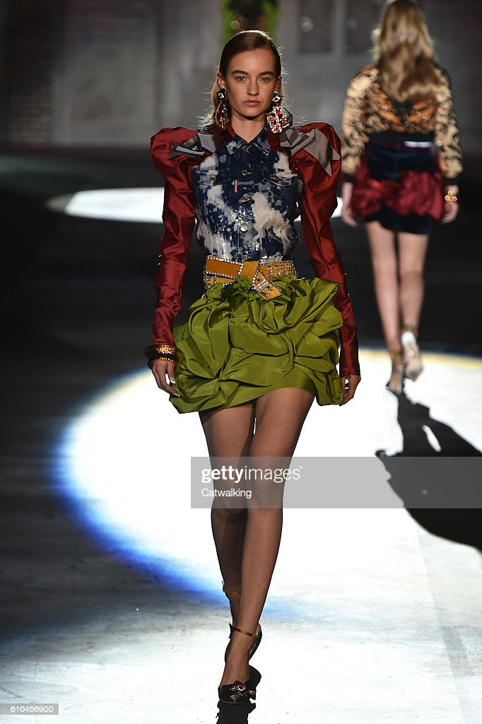 model-walks-the-runway-at-the-dsquared2-spring-summer-2017-fashion-picture-id610456900