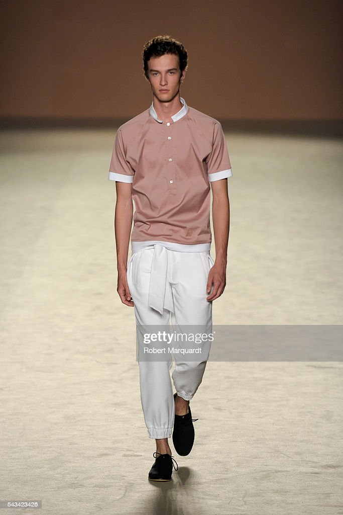A model walks the runway at the Edgar Carrascal show during the Barcelona 080 Fashion Week Spring/Summer 2017 at the INFEC on June 28, 2016 in Barcelona, Spain.