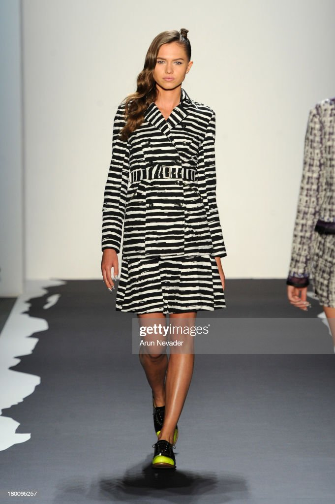 A model walks the runway at the Emerson By Jackie Fraser-Swan fashion show during Mercedes-Benz Fashion Week Spring 2014 at The Studio at Lincoln Center on September 8, 2013 in New York City.