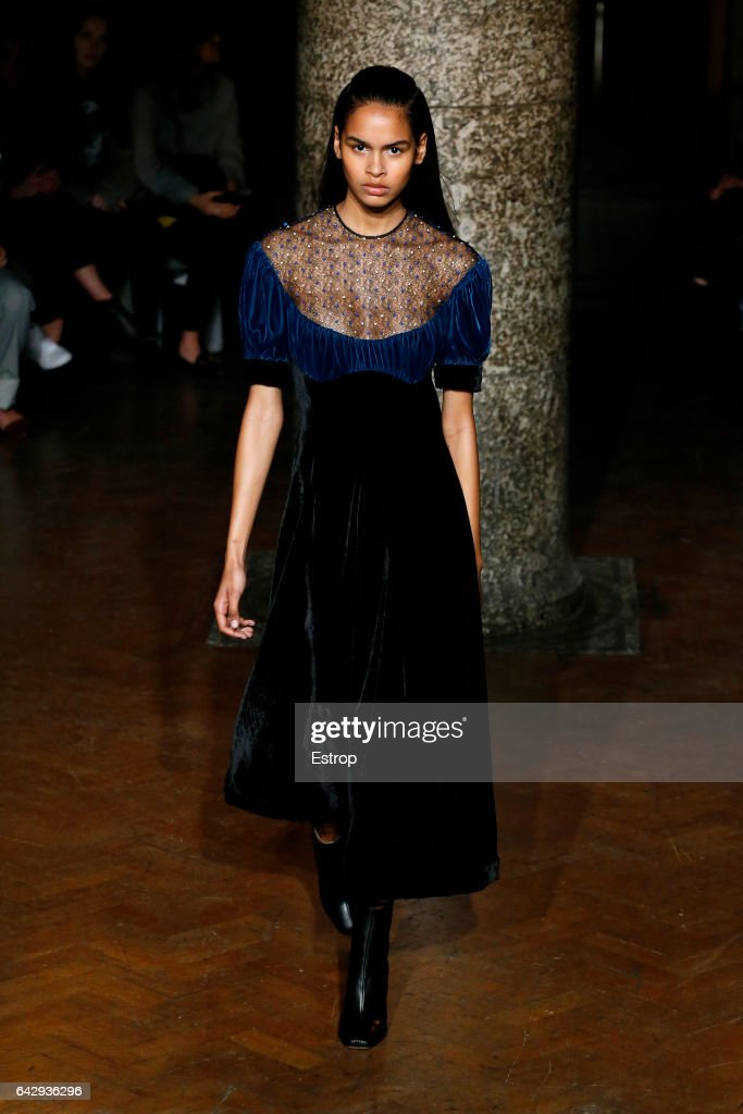 model-walks-the-runway-at-the-emilia-wickstead-show-during-the-london-picture-id642936296