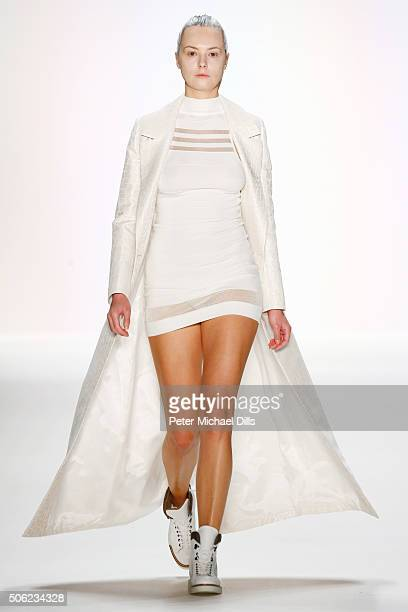 A model walks the runway at the Emre Erdemoglu show during the MercedesBenz Fashion Week Berlin Autumn/Winter 2016 at Brandenburg Gate on January 22...
