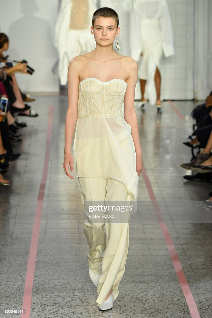 model-walks-the-runway-at-the-erika-cavallini-show-during-milan-week-picture-id850546144