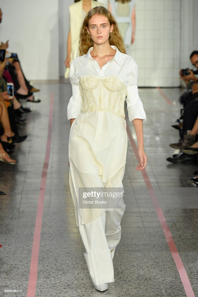 model-walks-the-runway-at-the-erika-cavallini-show-during-milan-week-picture-id850546412