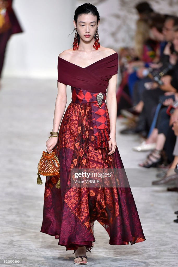 Etro dresses summer 2018 london
