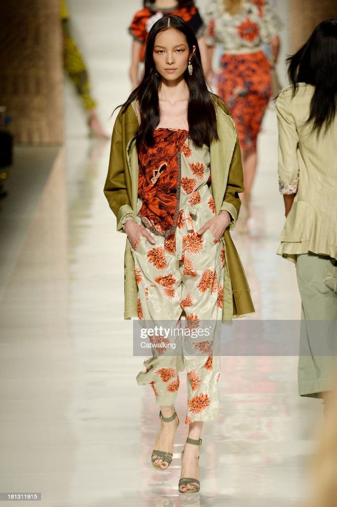 A model walks the runway at the Etro Spring Summer 2014 fashion show during Milan Fashion Week on September 20, 2013 in Milan, Italy.