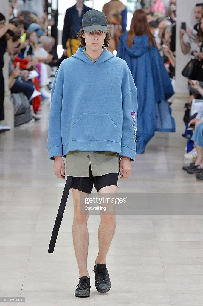 A model walks the runway at the Etudes Spring Summer 2017 fashion show during Paris Menswear Fashion Week on June 25, 2016 in Paris, France.