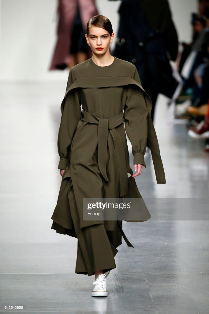 model-walks-the-runway-at-the-eudon-choi-show-during-the-london-week-picture-id642542956