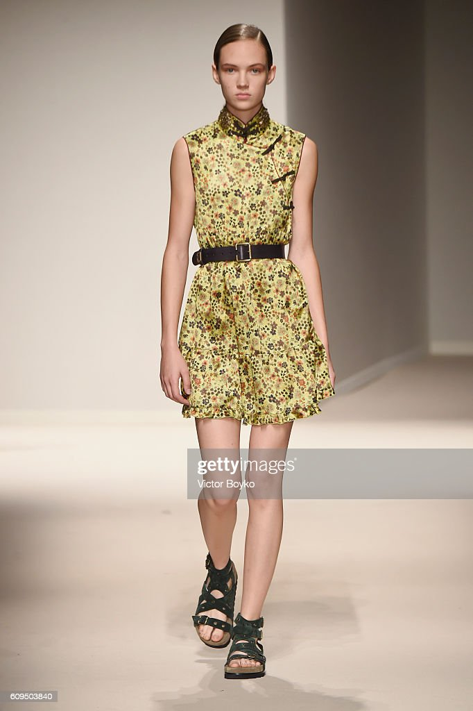 model-walks-the-runway-at-the-fay-show-during-milan-fashion-week-on-picture-id609503840