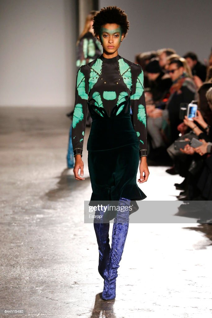 model-walks-the-runway-at-the-francesco-scognamiglio-show-during-picture-id644115492