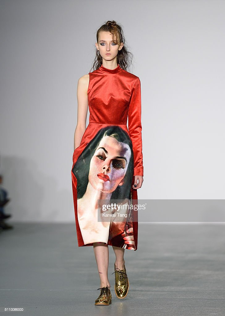 Fyodor Golan Runway Lfw Aw16 Getty Images